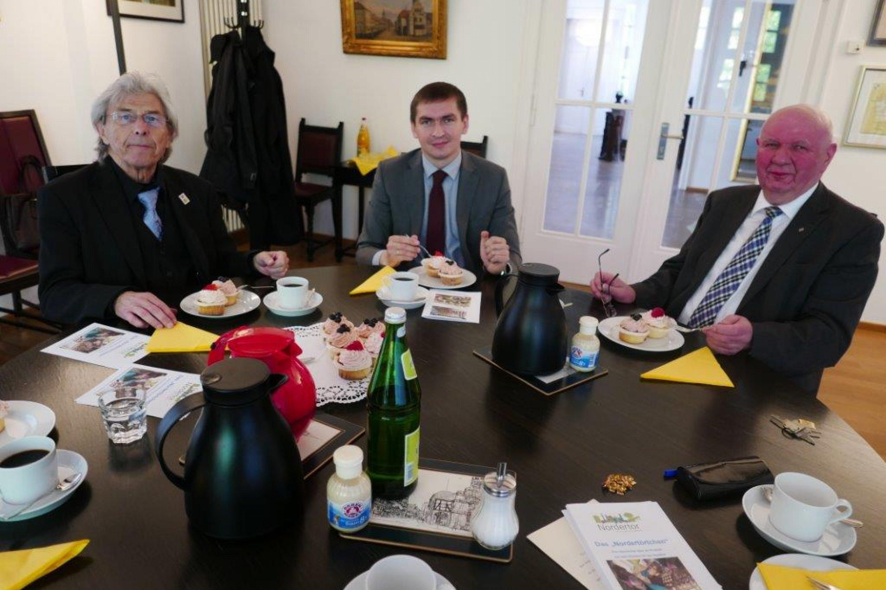Belorussische Botschaft der Stadt Nienburg freundschaftlich verbunden