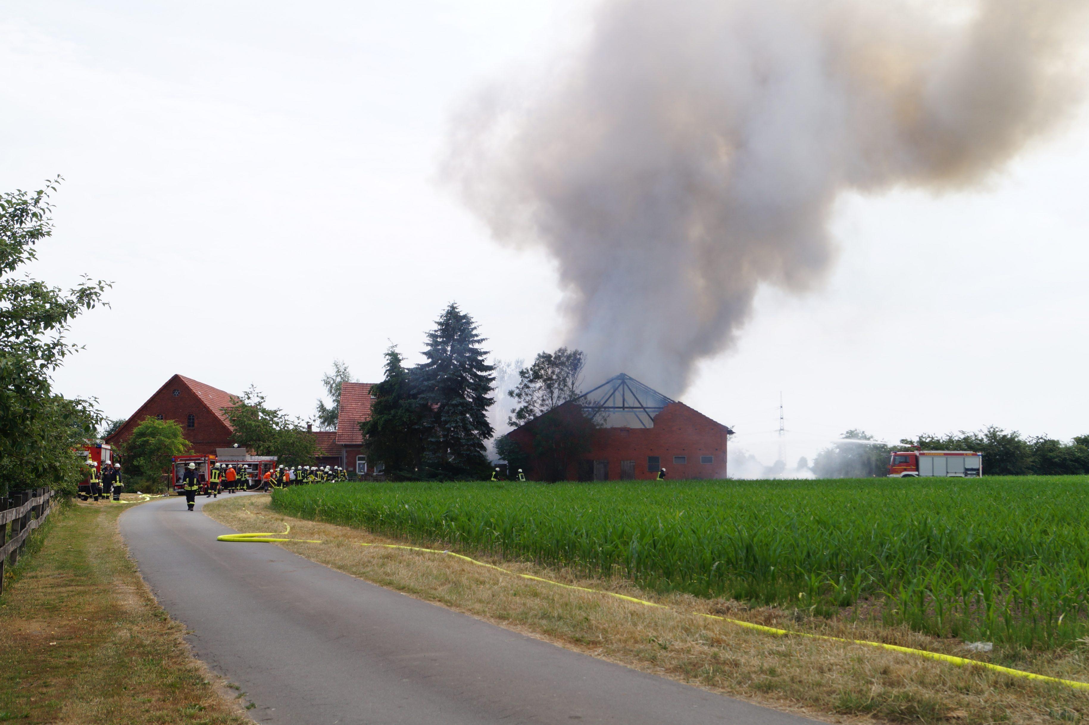 Großbrand vernichtet Scheune