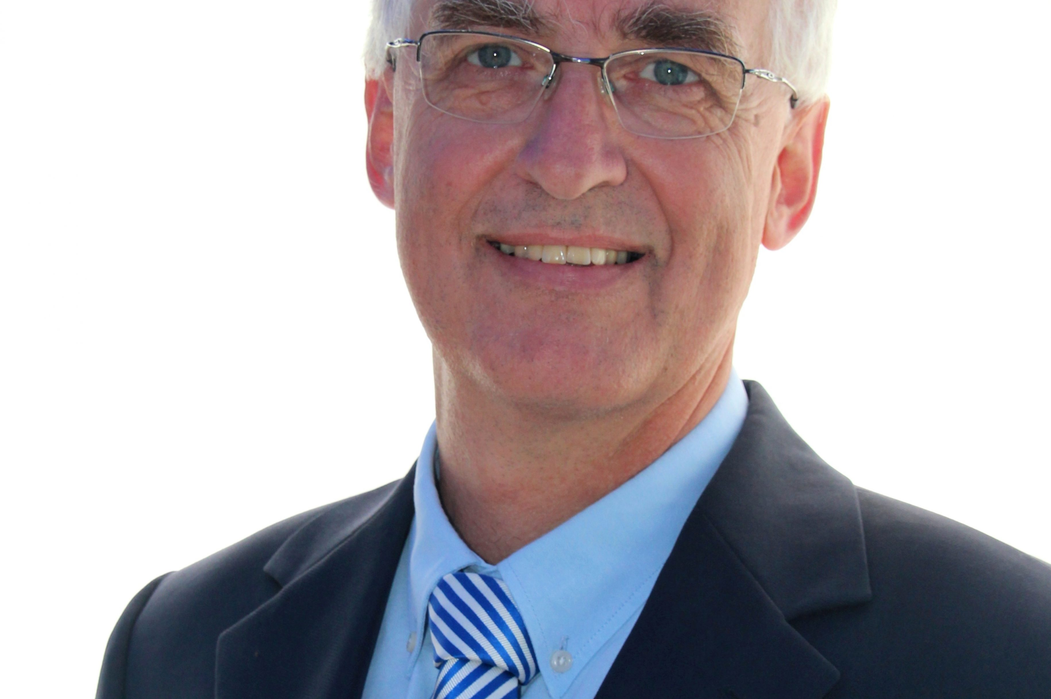 Neuer Chefarzt für Gynäkologie und Geburtshilfe in den Helios Kliniken Mittelweser