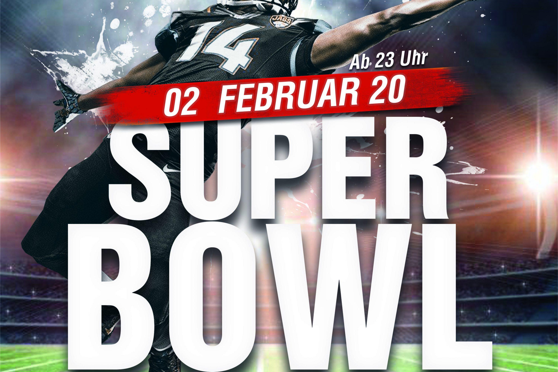 Der Superbowl auf der großen Kinoleinwand